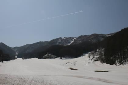 4月12日の宝台樹スキー場画像