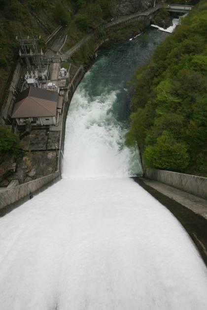 藤原ダム上からの画像
