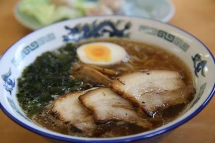 白沢ラーメンハウスの醤油チャーシュー麺