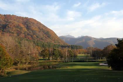 2008年秋、水上高原ゴルフコースから松コース14番
