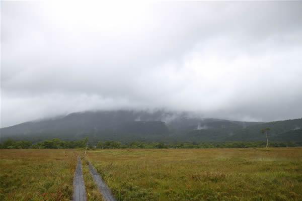 尾瀬、雨の燧ヶ岳